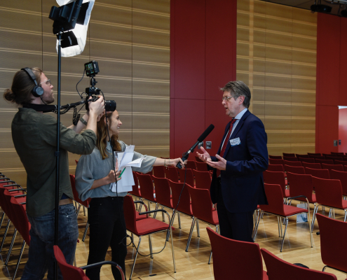 Interview mit Kamera